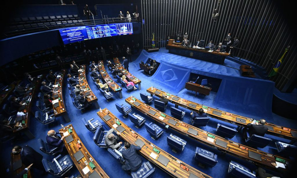 Senado: candidatos à presidência defendem independência institucional
