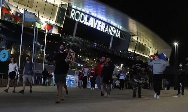 Quarentena força saída antecipada de torcedores do Melbourne Park