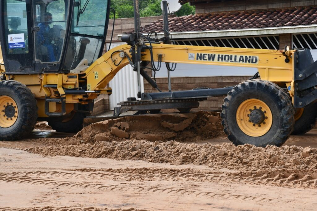 Operação Chuva previne e busca soluções para os alagamentos em Alagoinhas