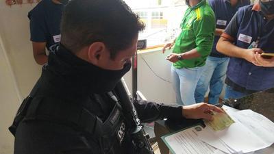 Operação autua academias de educação física em Salvador