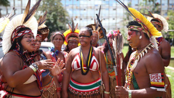 Mais de 5 mil indígenas criticam votação do marco temporal no STF