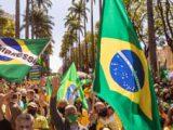 Manifestações pelo voto auditável reúnem pessoas em várias capitais
