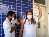 Bahia ultrapassa marca de 80% da população adulta vacinada com primeira dose ou dose única